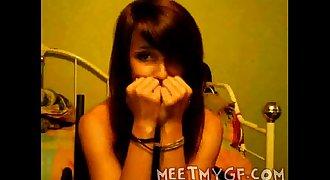 Teen Girl Flashes Natural Boobs